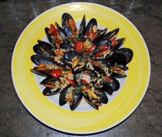 Cozze -Mussels in vermentino wine with thyme, cherry tomatoes and fregola